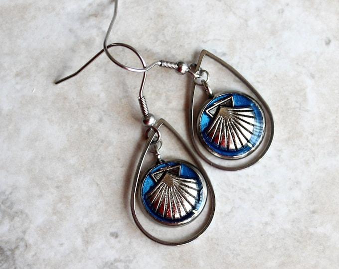 blue seashell earrings, seashell jewelry, scalloped seashell, unique gift, wife gift, nature earrings, teardrop earrings, beach theme