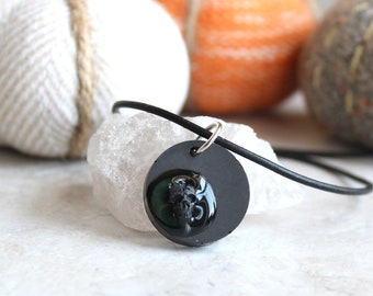 black skull necklace, mens jewelry, mens necklace, goth jewelry, goth necklace, halloween jewelry, halloween necklace, halloween costume