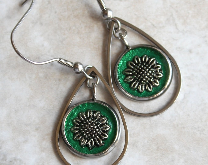 green sunflower earrings, unique gift, wife gift, nature earrings, teardrop earrings, sunflower jewelry, flower jewelry, floral earrings