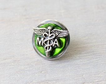 medical assistant pin, green, MA pinning ceremony, white coat ceremony