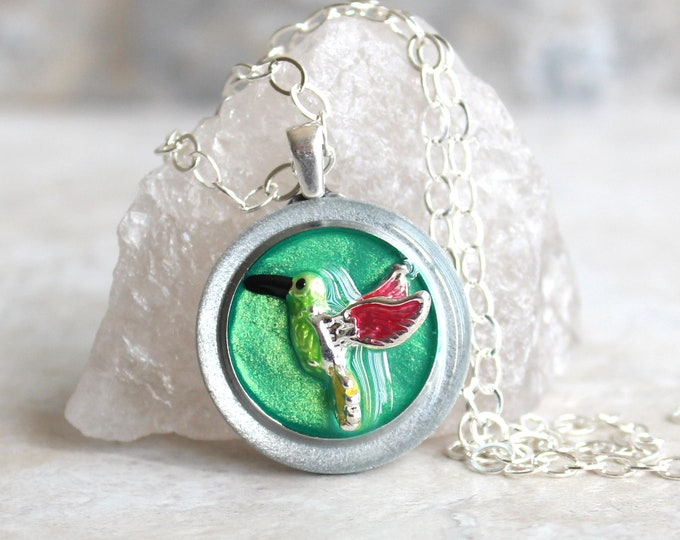 green hummingbird necklace, hummingbird jewelry, nature necklace, unique gift, bird pendant, gift for her