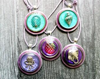 ocean themed tree ornaments, set of 5, miniature tree, summer ornaments, scale ornament, stingray ornament, scallop shell, octopus ornament