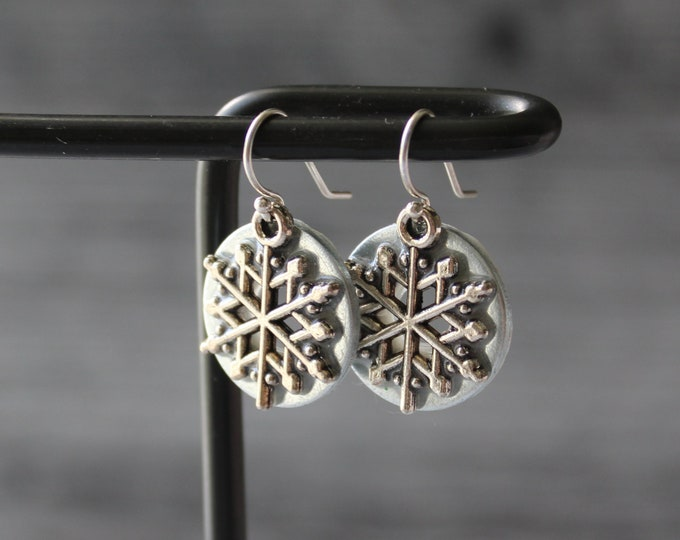 snowflake earrings, pearly silver, winter jewelry, nature jewelry, unique gift, holiday party