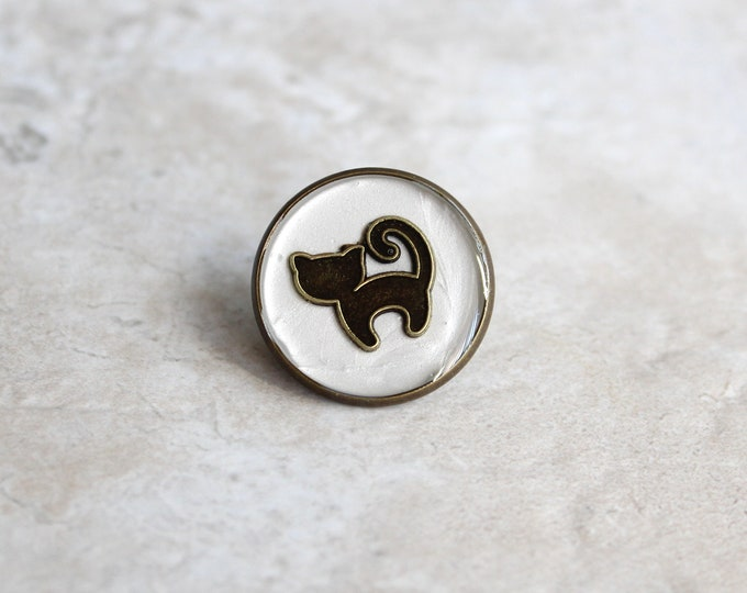 cat pin, cat lapel pin, cat tie tack, cat jewelry, nature jewelry, spirit animal, unique gift, vet pin, animal lover gift, veterinarian gift