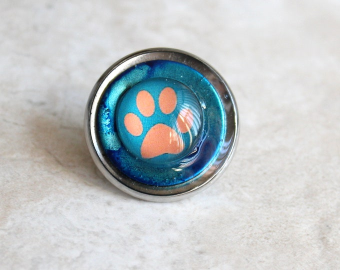 blue paw print pin, tie tack, lapel pin, dog paw, cat paw, unique gift, veterinarian gift, vet tech pin, animal paw, paw jewelry, paw pin