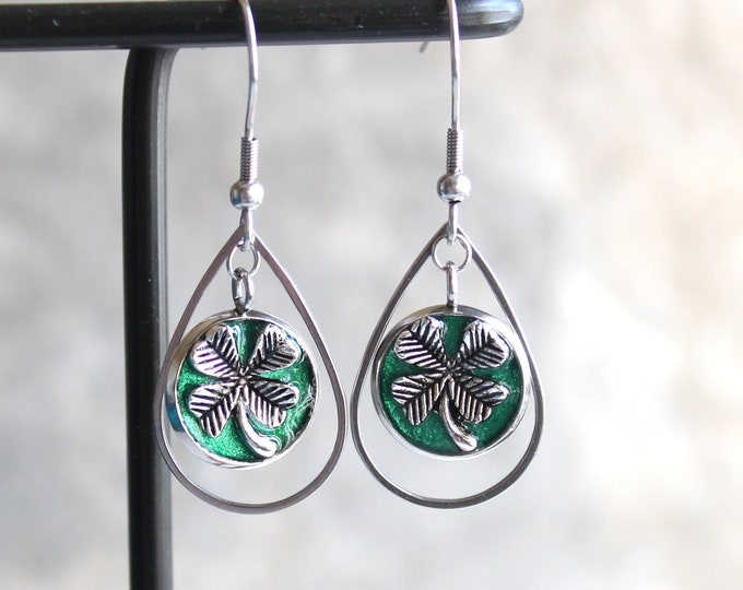 emerald green four leaf clover earrings, good luck charm, clover jewelry, st. patricks day,  Irish jewelry, teardrop earrings