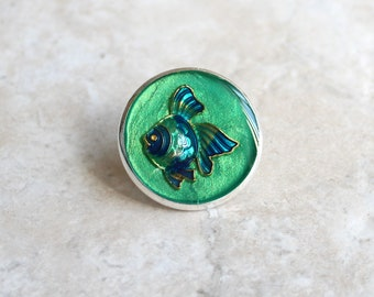 green fish pin, lapel pin, scarf pin, fish brooch, bag pin, purse pin, tropical fish, gift for women, beach theme, unique gift