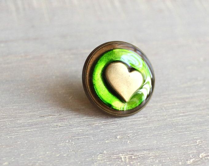 heart lapel pin / tie tack - green