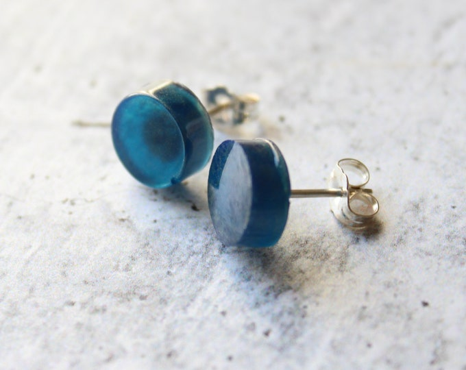 navy blue and gold circle earrings with sterling silver posts, geometric jewelry, unique gift