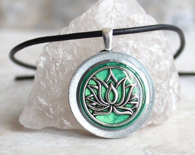 green lotus flower necklace, water lily, nature necklace, floral jewelry, unique gift, woman gift, spiritual jewelry, gift for her