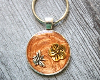 bee keychain, flower keyring, unique gift, bronze, cute gift