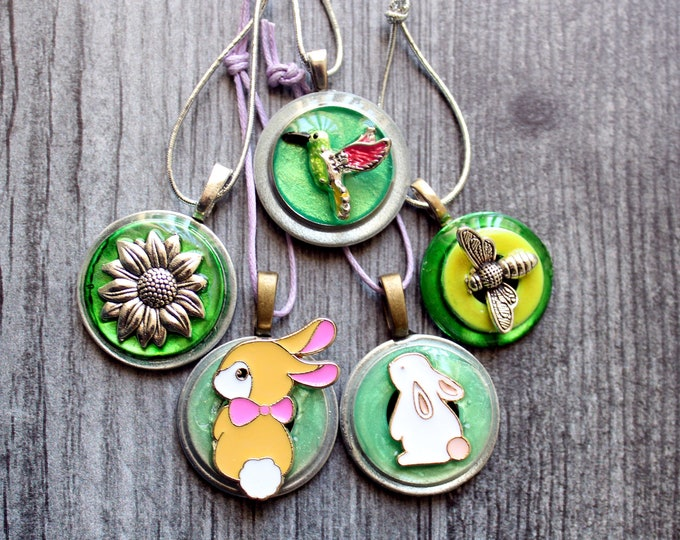 Easter tree ornaments, set of 5, table top tree ornaments, spring tree decorations, miniature tree