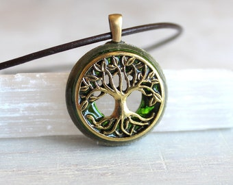 green tree of life necklace, leather cord necklace, mens necklace, fantasy jewelry, celtic necklace, nature necklace, elven jewelry