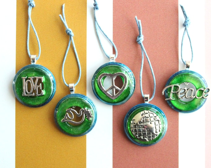 world peace ornaments, set of 5, table top tree ornaments, miniature tree, Christmas ornaments, love and peace