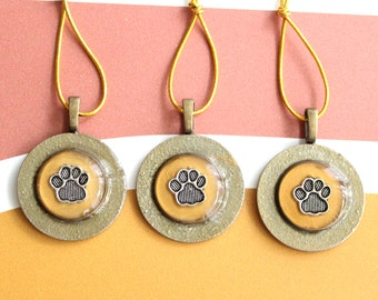 animal paw ornaments, set of 3, dog paw ornaments, mini tree, table top tree, dog lover, dog decor, cat paw ornaments, golden