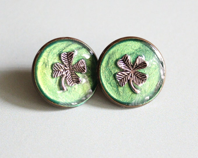 four leaf clover pin, lapel pin, tie tack, unique gift, St. Patrick's Day, good luck charm, 4 leaf clover jewelry