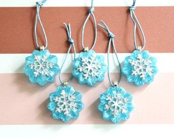 snowflake ornaments, set of 5, table top tree ornaments, Christmas ornaments, miniature tree, flower ornaments