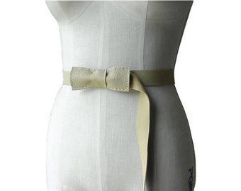 Bow belt for women, Leather Belt , Bow Belt,  Beige, Soft leather belt, Hand stitched leather, Bone Tan, Waist or Hip Belt, S M L in stock