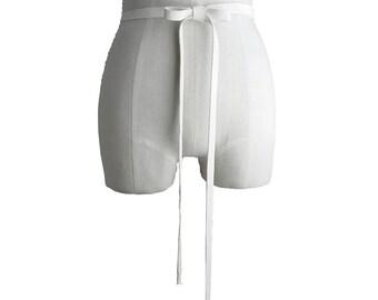 Leather tie belt - Narrow belt - wedding dress belt - bridesmaid sash - baby bump belt - Off white - Simple belt - Inexpensive belt - women