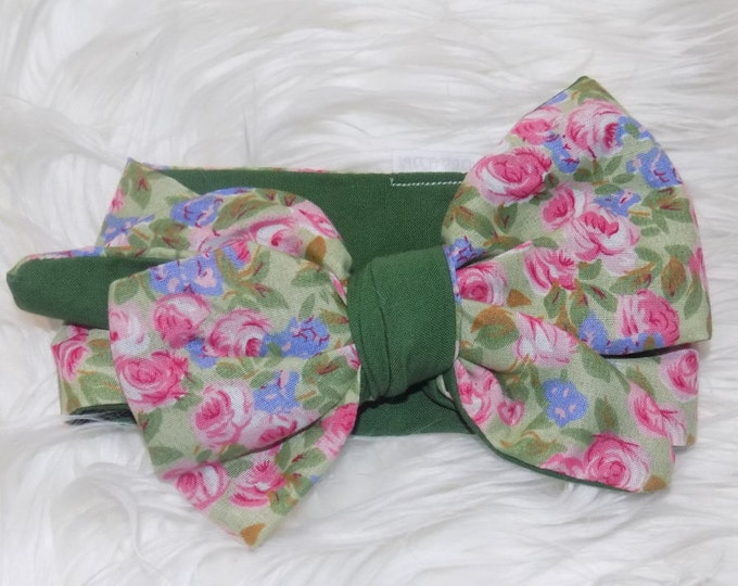 pink roses  with dark green contrast headwrap