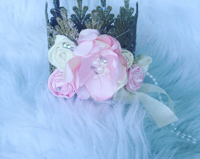 Pink and ivory petals Princess crown, newborn headband, newborn crown, first birthday girl crown, first birthday