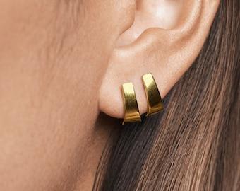 Gold Stud Earrings- Bar Stud Earrings - Dainty Earrings - Minimalist Earrings- Unique Earrings- Handmade Jewelry- Bridesmaid Gift -STD096