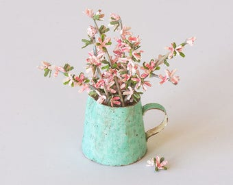 1:12 Dogwood Branches with Pitcher Kit