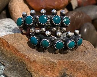 Old pawn,  turquoise snake eye, screw back earrings, beautiful blue-green gemstones, Zuni style petite point, tribal boho, Fred Harvey era
