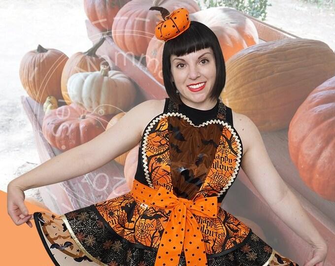 Halloween Apron Halloween Pinup Apron SewMammaSew Apron Womens Apron Gift Apron Halloween Costume Apron Retro Halloween Apron Sexy Apron