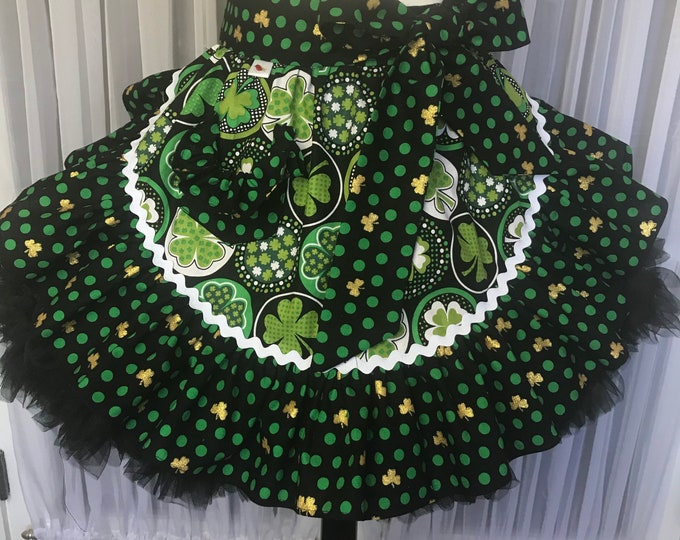 St. Patrick's day /Half apron for St. Patrick's day /SewMammaSew St. Patrick's Half apron /Apron/Gift Apron /St Patrick's /Half apron