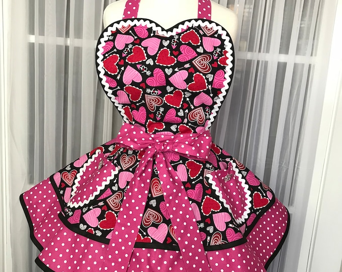 Valentines Apron Apron for Valentines Day SewMammaSew Apron Hearts Apron Pinup Apron Womens Apron Two Tiered Valentines Apron