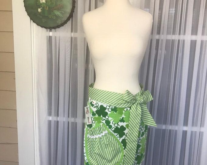 St Patrick's day apron /SewMammaSew half apron /Towel Half apron /Shamrock apron /Shamrock half apron /Towel Apron /Hostess Apron /Handmade