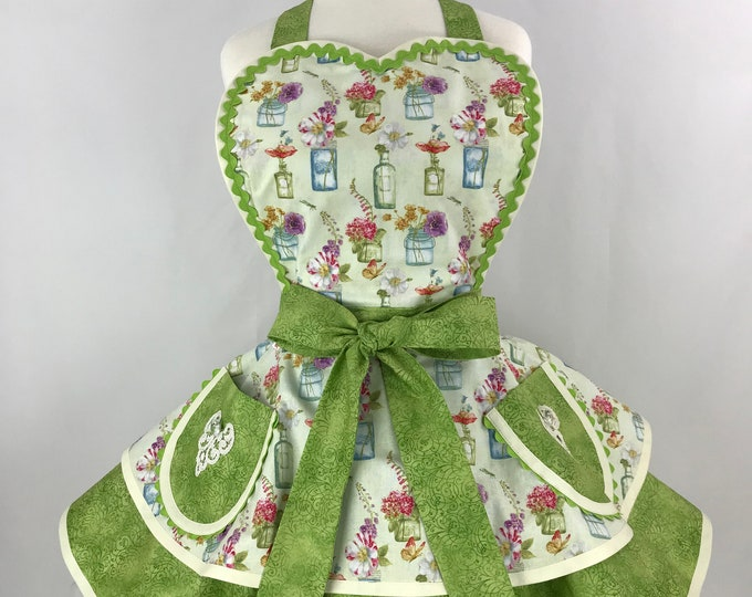 Retro Apron/Floral Print Pinup Apron/Vintage Style Two Tiered Apron/Pinup Apron/Lime Green Floral Retro Apron
