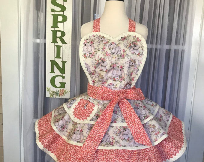 FREE Matching Mask/Easter apron/Pinup Apron/Easter bunny apron/SewMammaSew Apron/Hostess /Retro style apron/Retro Apron/bunnies and flowers
