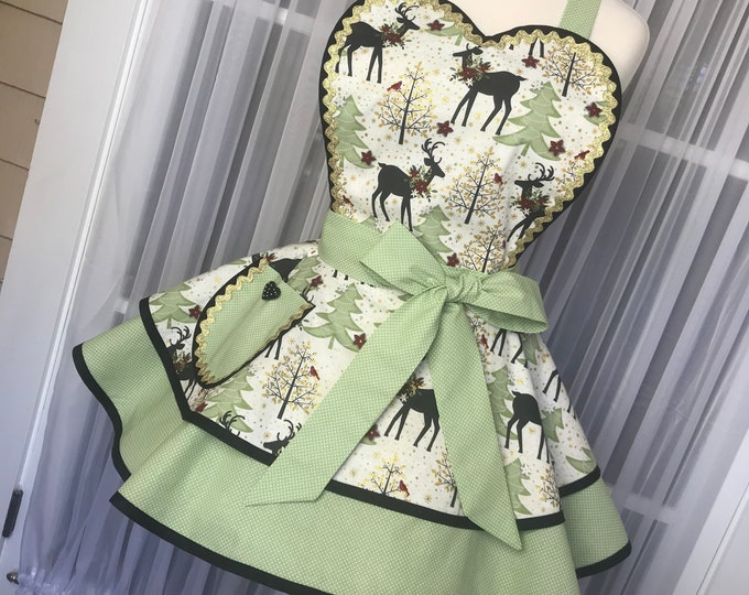 Christmas apron /Handmade apron /Xmas apron /SewMammaSew Apron /Hostess Apron /Gift Apron /Retro Apron /Pinup Apron /Pinup Christmas apron/