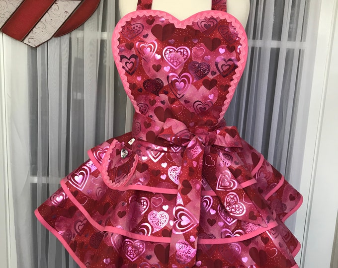 Valentine's apron /Pinup Apron /Glamorous party apron /Retro valentine's apron /Fancy Valentine's Day Apron /SewMammaSew Apron /Hearts