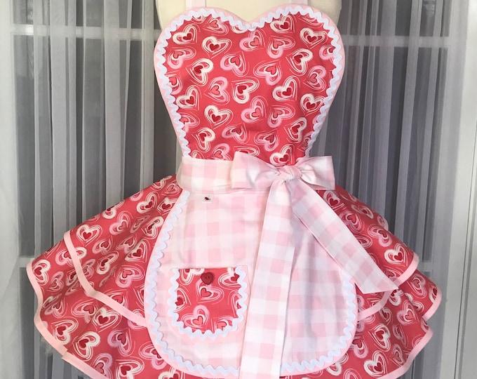 40% OFF SALE/Free matching mask/Hearts print/valentine's day/Retro Apron/SewMammaSew Apron/Hostess Apron/Vintage style apron/Gift apron