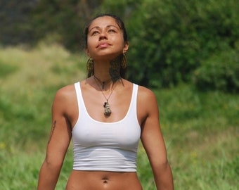 Cropped Yoga Layering Tank Top for Women - Vanilla White - Eco Friendly - Fitted - Organic Clothing