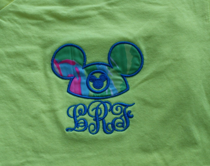 V Neck short sleeve tee - Mouse Hat Ears and Lilly - what could be better :)