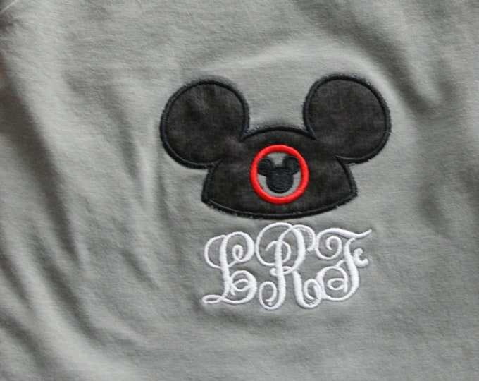 V Neck short sleeve tee - Mouse Hat Ears - what could be better :)