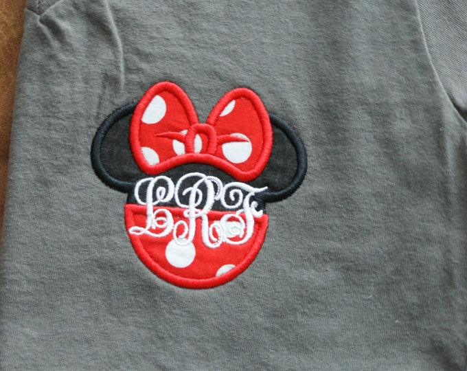 V Neck short sleeve tee - split Minnie design - what could be better :)