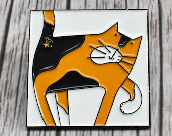 Tortoiseshell Cat Pin Badge, Cat Brooch Pin, Tortie Cat Enamel Pin Badge, Cute Cat Lapel Badge, Cat Badge, Fun Cat Lover Gift, Cute Cat Pin