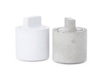 Concrete Salt & Pepper Shaker Set / S + P Set / Salt and Pepper / Concrete Shakers
