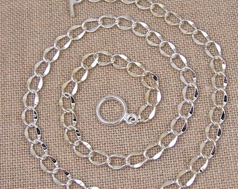 """Hammered Curb Chain with Toggle Clasp - 6mm - 16"""" / 18"""" / 20"""" / 24"""" - Silver Plated Brass"""