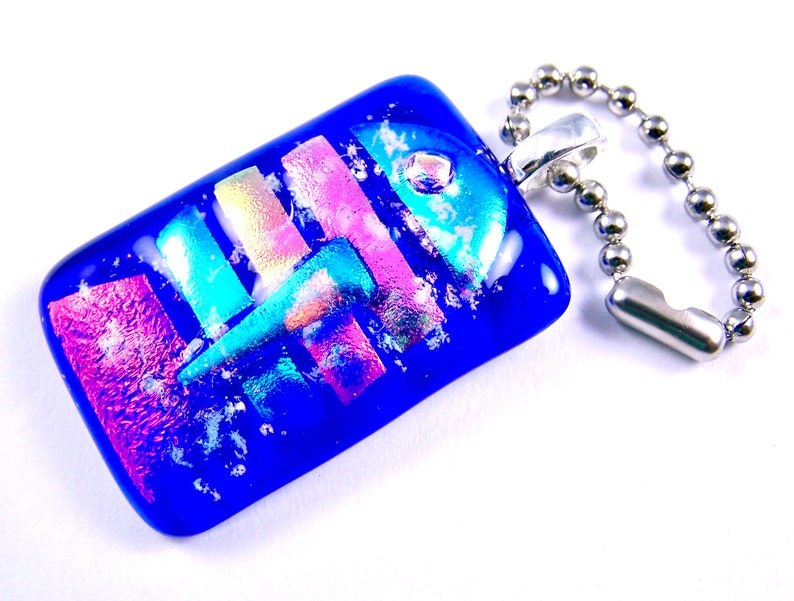 Custom Made 1  25mm Cat Dog Memorial Dichroic Glass Cremation Jewelry for Pets Rainbow Heart Cobalt Blue Fused Stained Glass Pendant