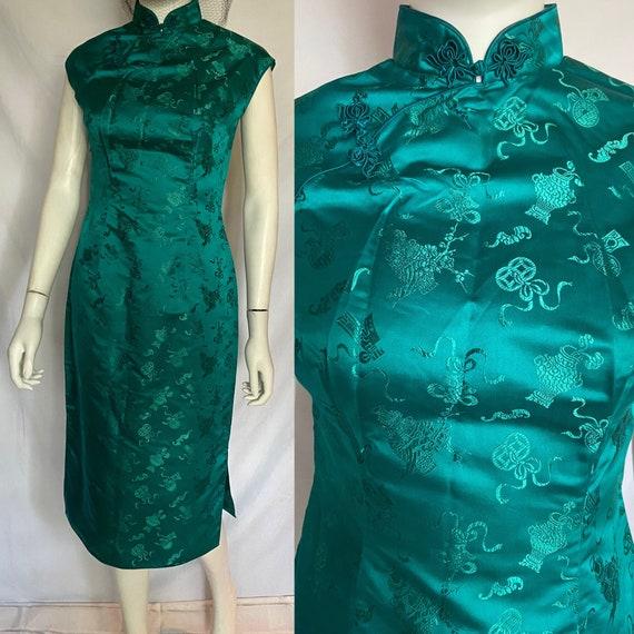 Exquisite Emerald Green Cheongasm Dress/Qipaos