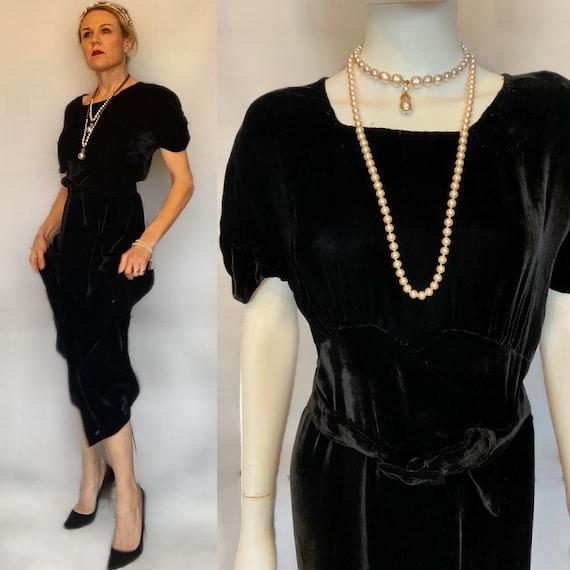 1920s BLack VElvet Gown