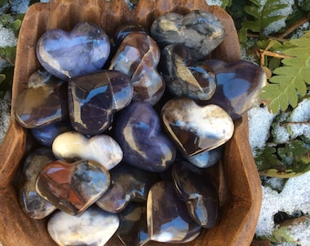 RARE Violet Flame Agate Sculpted HEART One (1) NATURAL // Dreamwork, Intuition, Seeker, Transformation, Personal Talisman