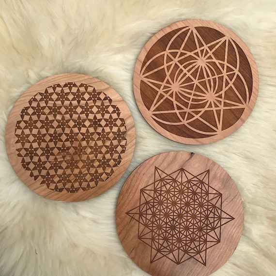 Crystal Lion Grid Set // Handmade Wooden Grid For Your Own Grids You Choose // Raise Your Vibration, Good Energy, Manifestation, Intention by Etsy