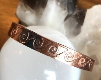 99.99%Cu Bracelet Copper Cuff for medicinal benefits is a metal antiseptic and anti-inflammatory